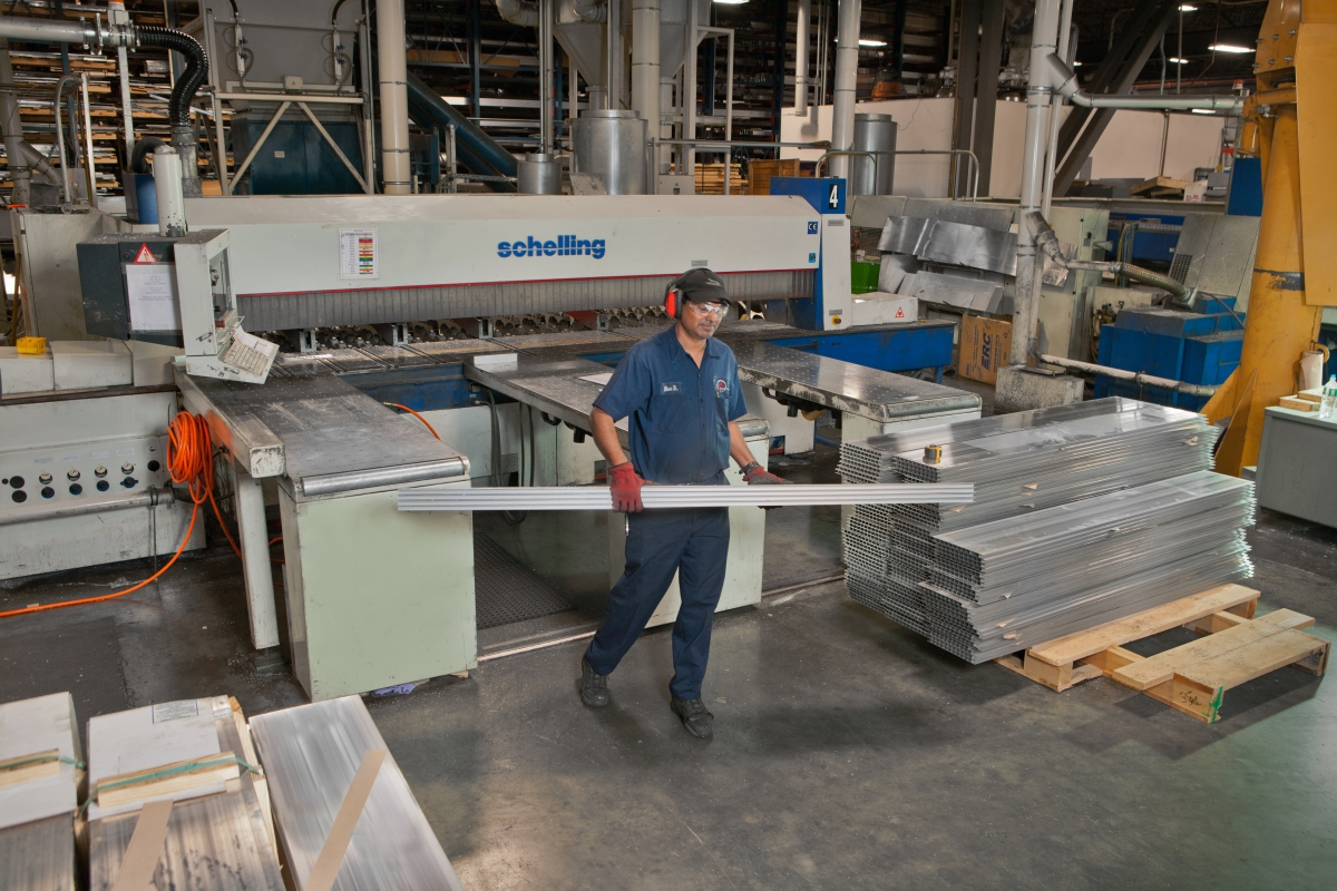 Pierce Aluminum precision saw cutting demo